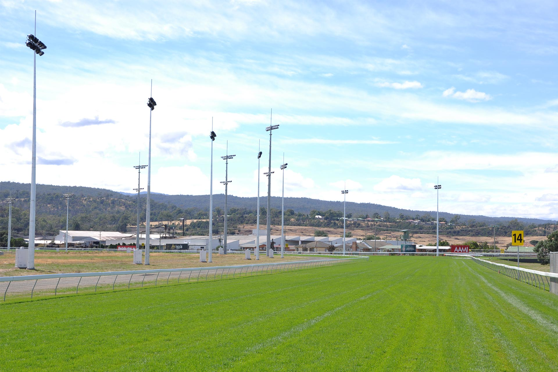 tote-racing-australia-8